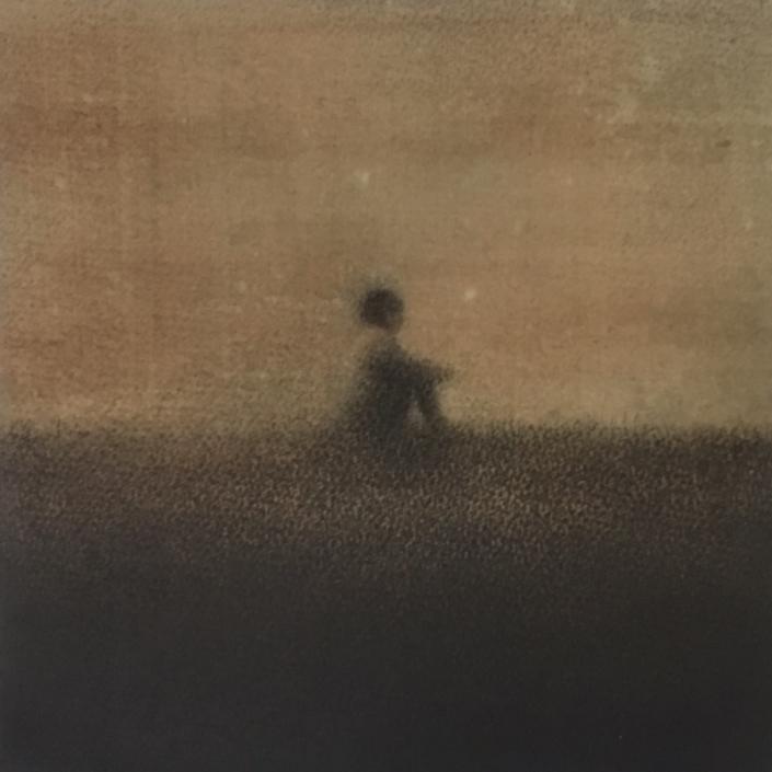 Marina Ho - En silence - 20 x 20 cm - Fusain et aquarelle sur papier marouflé sur bois