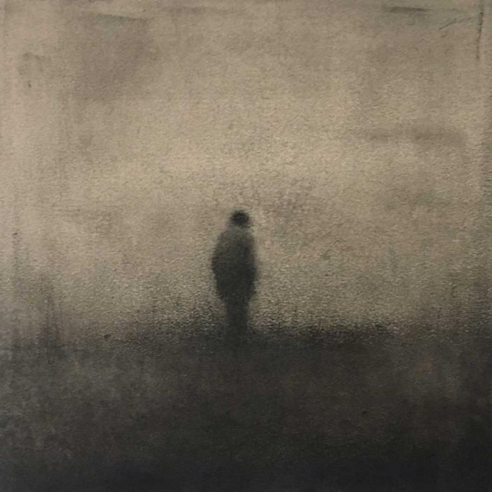 Marina Ho - Marcher en silence 3 - 20 x 20 cm - Fusain et aquarelle sur papier / Bois - 2020