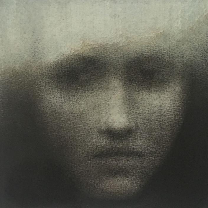 Portrait 5 - 20 x 20 cm - Fusain et aquarelle sur papier marouflé sur bois