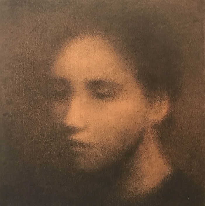 Marina Ho - Portrait silencieux - 25 x 25 cm - Fusain et aquarelle sur papier marouflé sur bois