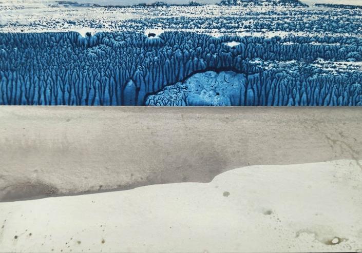 Au delà des dunes, les arbres bleus - huile et tempera sur carton - 10,6 x 15,3 cm