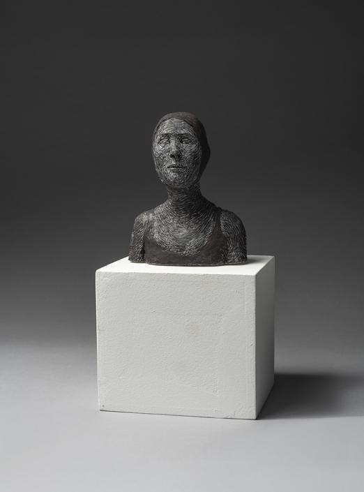 Agnès Baillon - Buste de nageuse noire - H 13 cm - Papier mâché