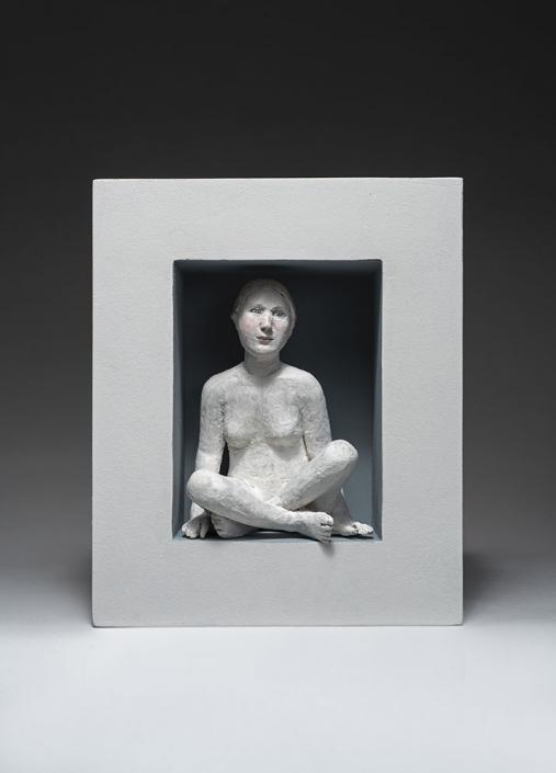 Agnès Baillon- Cachette enfantine - H 32 cm - Papier mâché