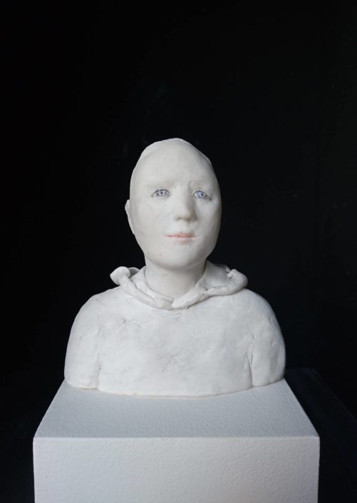 Buste de jeune au repos - Résine - H 11 cm